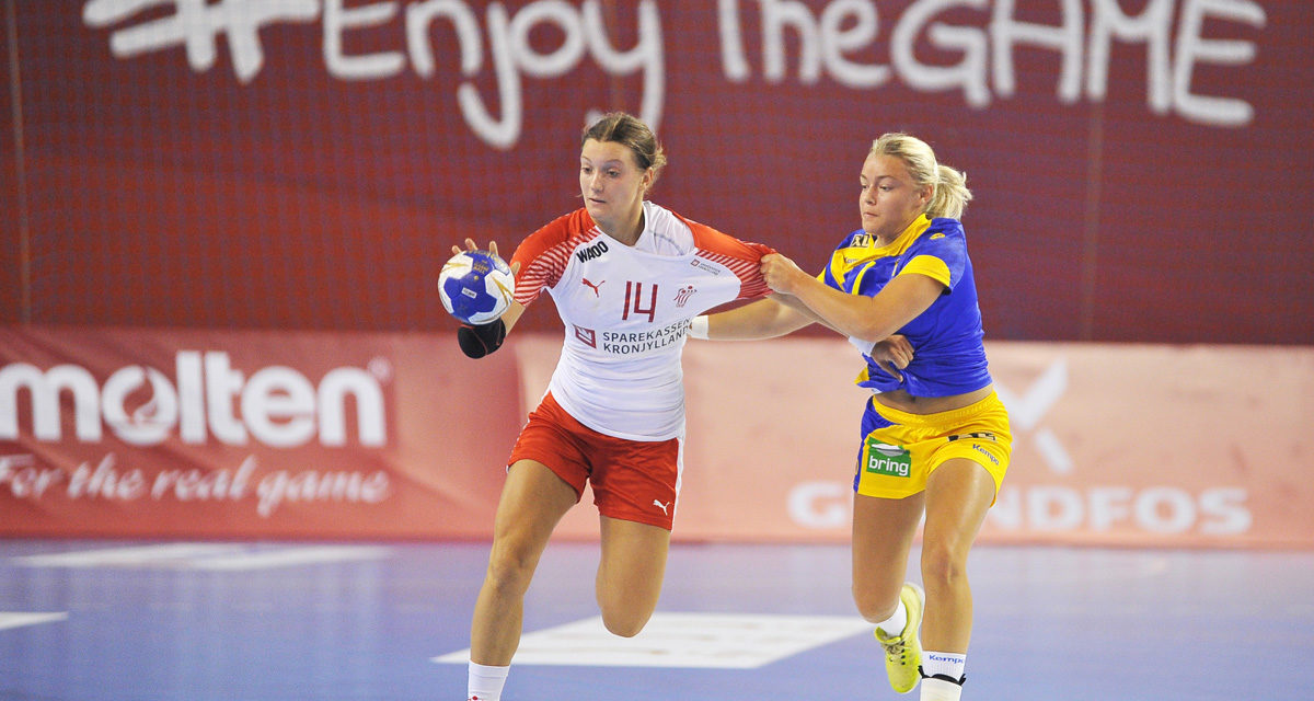 Denmark won in derby of Scandinavia
